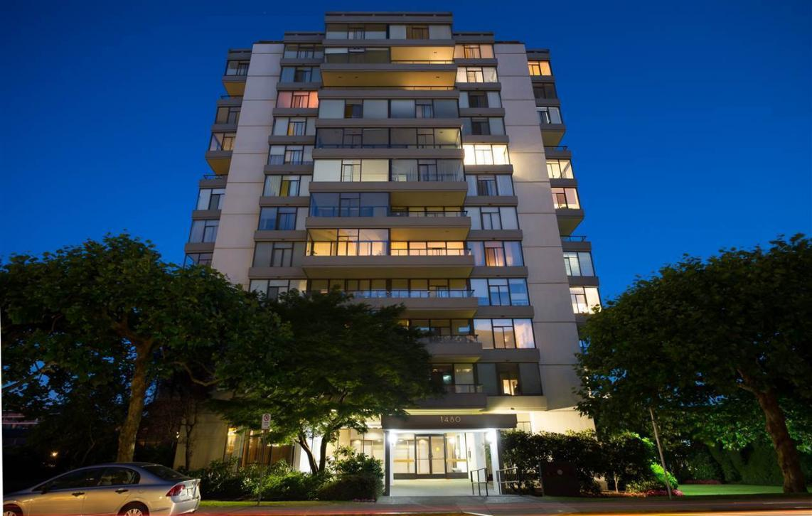 802 - 1480 Duchess Avenue, Ambleside, West Vancouver