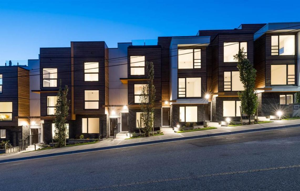 3 - 145 St. Patrick's Avenue, Lower Lonsdale, North Vancouver